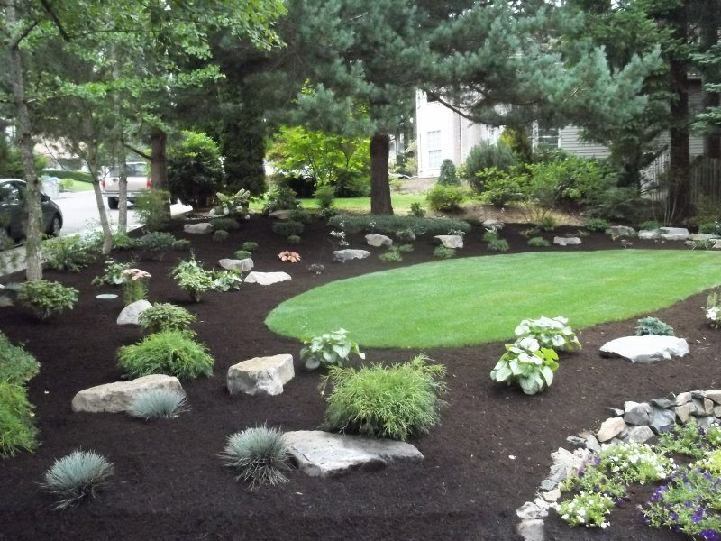 grass-mulch-boulder-plants