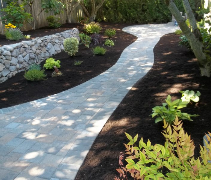 pavers-walkway-rock wall-plants