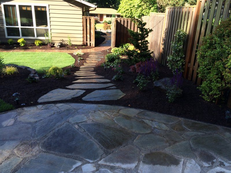 flagstone-stepping stones-plants-backyard design-design